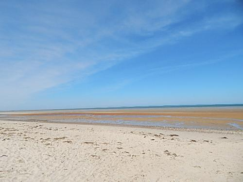 An empty beach at Linnell Landing