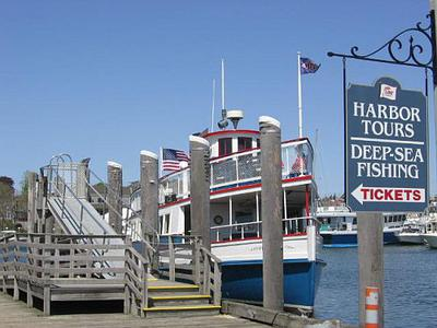 Hyannis Harbour Tour Boat