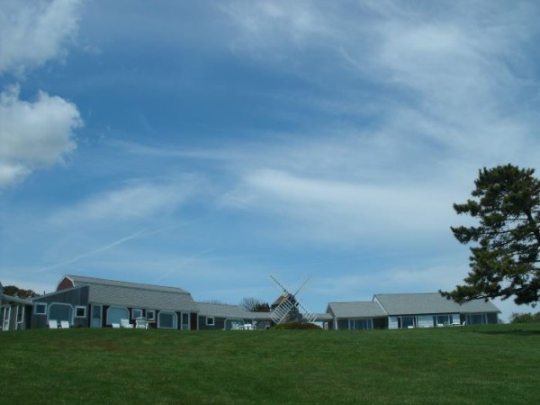 Nauset Knoll Motor Lodge