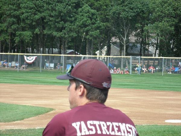 Mike Yastrzemski in a Cape Cod League baseball game